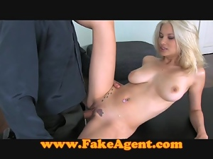 FakeAgent Good time girls suck and fuck in casting