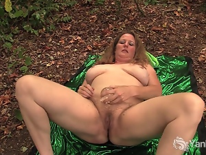 Exhibitionist Jade Rubs her Hairy Pussy Outdoors