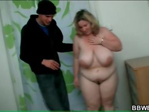 Breaking into BBW apartment to grope her