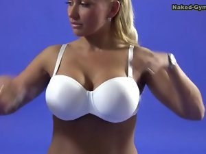 Fake tits blonde does sexy splits on camera