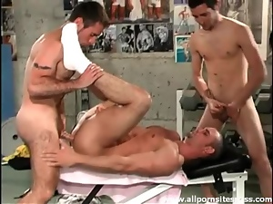 Hard hot bodies in the gym get frisky in threesome