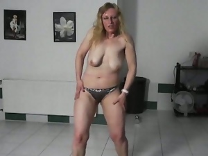 Natural cezh blonde milf trying to seduce me