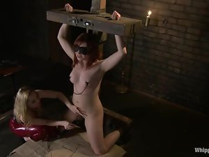 Aiden Starr blindfolds Chamille and makes her sore