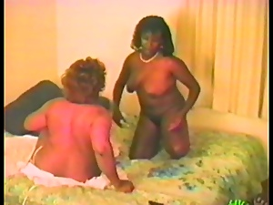 Three bored ebony housewifes are making out hard
