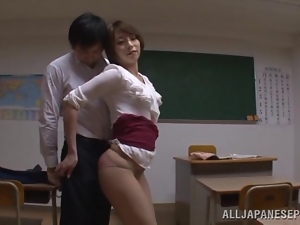 Stunning Asian teacher wants her student to go rough