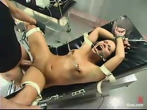 Slender brunette gets twitched and charged with electrodes