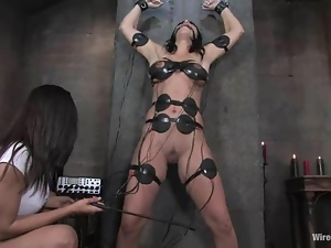 Electrical Devices to Torture a Submissive Girl in Toying Lesbian BDSM