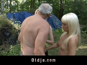 Big boned old man fucking two blonde babes