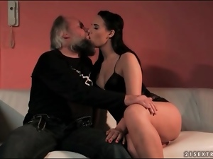 Young beauty sensually sucks grandpa cock