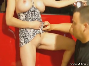 Hard Hummer Blowjob and MILF