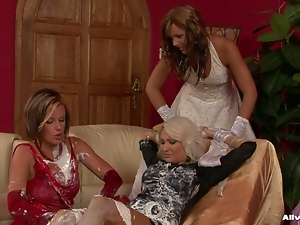 Classy MILF lesbo bitches fuck in sexy lingerie