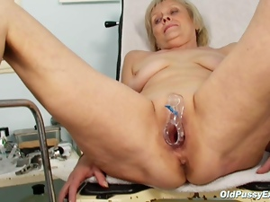 Dirty blonde granny gets her pussy gaped at gyno exam