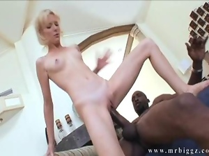 Hardcore Big Cock Penetrating