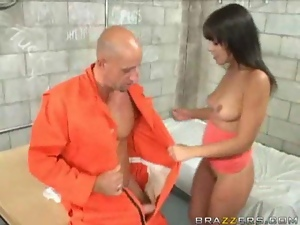 Prison Babe Gets Banged