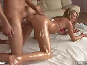 Hot Oiled Blondes in Threesomes