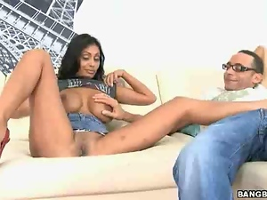 Arabian brunette fucks with a guy on a soft white couch