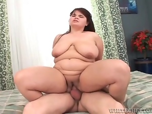 Sexy BBW on top with cunt grinding on cock