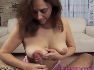 Slutty amateur Alesia Pleasure enjoys sucking a fat cock indoors