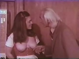 Pretty brunette Patricia Rhomberg enjoys 69 in hot retro clip