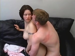 Sex with a curvy tattooed amateur is hot