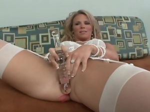 Mom in white lingerie toys pussy and sucks dick