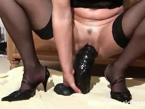 Monster dildo cunt stuffing orgasms