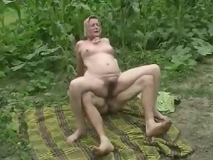DENHAAGMAN - Perfect GRANNY BRUTALLY Brutal Butthole