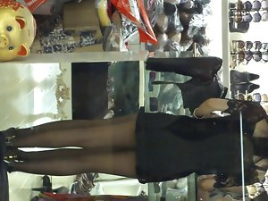 attractive leggy asian cum extractor in pantyhose and heels