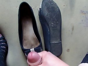 Cum on pretty shoes