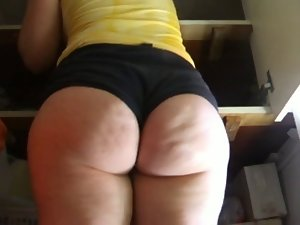 Wobbly PAWG Butt