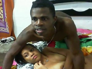 18yo Dominican Couple Gets It In On Webcam