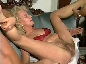 Two Luscious Slutty chicks Fuck