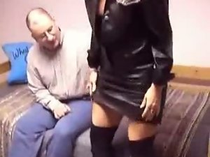 Mommy in Leather Boots - frmxd com
