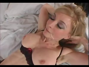 Mamma LOVES 18yo COCK!