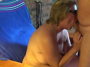 Grandma Gives Dick sucking With Cumshot