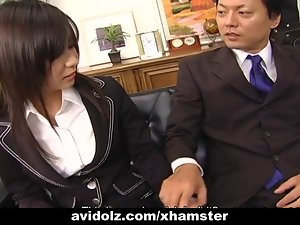 Secretary whore Satomi Maeno blows phallus uncensored