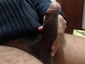 UNCUT BRAZILIAN BEAR THICK CUMSHOT