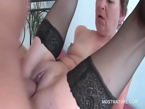 Orgy dark haired experienced bangs shaft and pussy at once