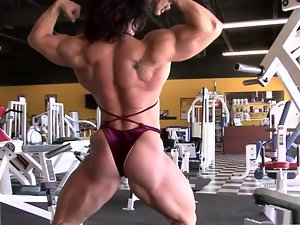 Goddess Alina Flexing at the Gym