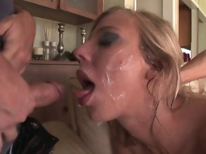 Attractive lady loses her chastity I10