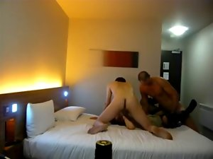 Amature Couple fuck a hussy in the hotel