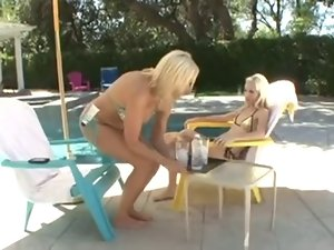 Tempting blonde Filthy bitch Seduces Stepdaughter xXx