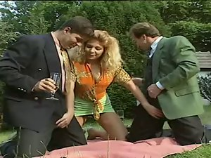 German Vixen Accepts Peckers In The Park