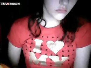 Red Shirted Loveliness Cam Show