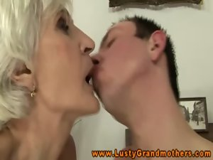 Amateur experienced granny gets ravaged