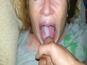 swallowing all the cum