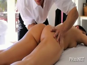 Sexual screwing after oil massage