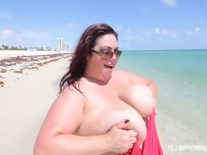 Big Tit Big Belly Cute bbw Cougar Gets Screwed on the Beach