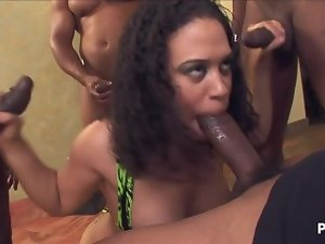 Chyanne Jacobs totally blowbanged