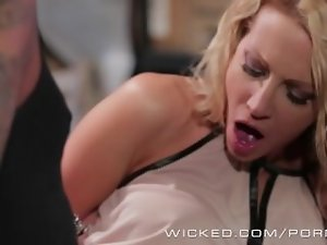 Wicked - Jessica Drake gets grinded by biker